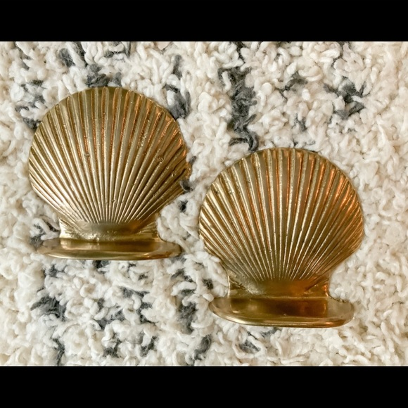 ✨SOLD✨Adorable Solid Brass Seashell Bookends